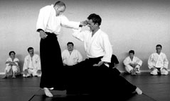 - about_aikido_2a